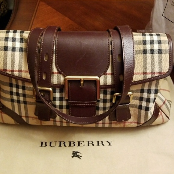5bcec0482e58 Burberry Handbags - Authentic Burberry bag. Date code T05-02